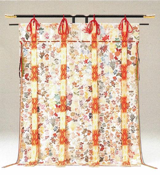 現品限り 総刺繍 百草華 送料無料 代引手数料無料 中国手刺繍の第一人者「将雪英 しょうせつえい)」作四季折々、百種類もの草花が手刺繍されています 現品限り 帷子 帳