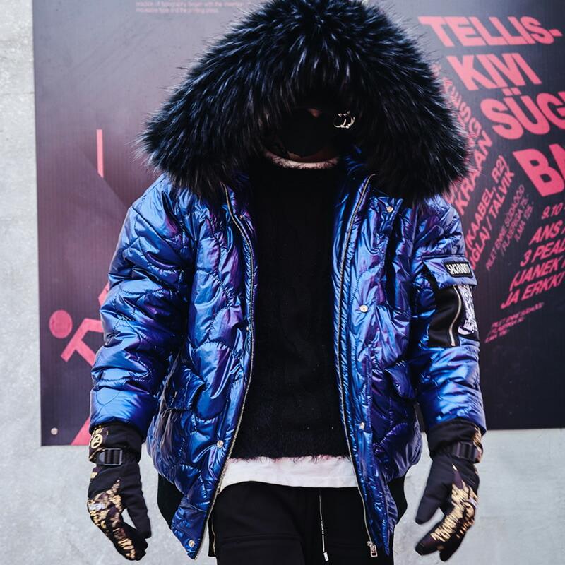 【送料無料】中綿 韓国 ファッション メンズ メタリックブルー ファージャケット フード メンズ 原宿系 韓国系メンズ メンズファッション ストリート冬 秋 個性 衣装 モード ゆったり モードストリート 裏キルティング ミリタリー 光沢【ラッキーシール対応】