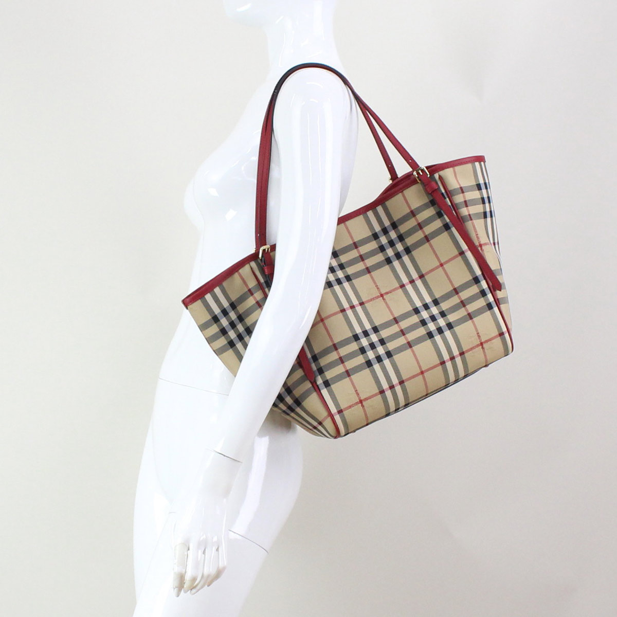 2ff7f46472a2 Bighit The total brand wholesale  Burberry (BURBERRY) SM CANTER ...