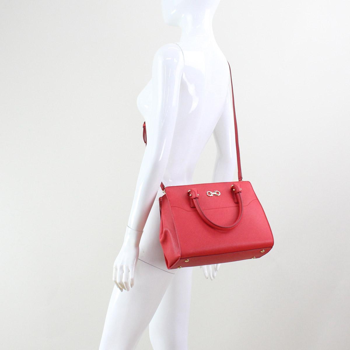 Bighit The total brand wholesale  Ferragamo (FERRAGAMO) BEKY handbag ... 5a6a0abd24e39