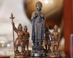 【送料無料】◆極小仏像(小)釈迦如来四天王(台座付き)[代引き不可]