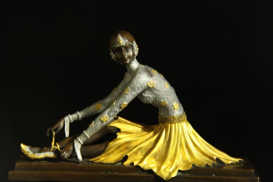 【送料無料】ブロンズ像 舞王 30cm Chiparus 金彩インテリア 彫刻 銅像