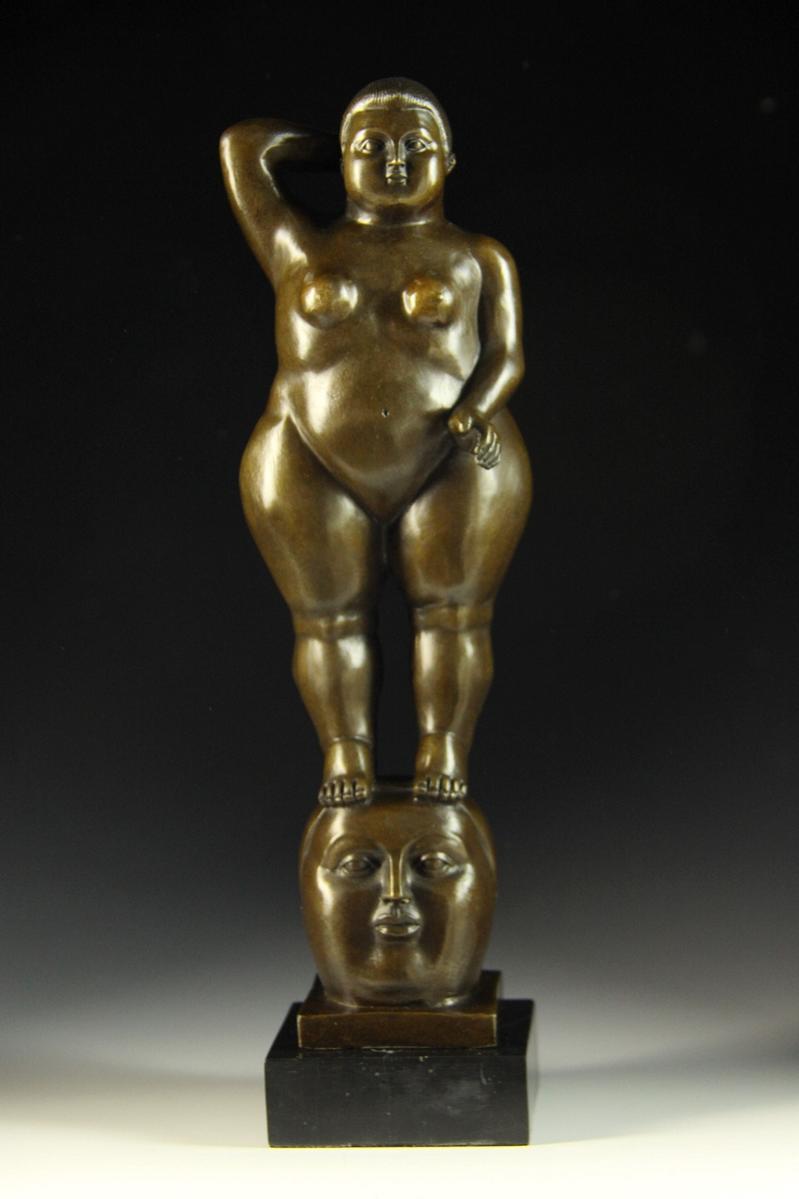 【送料無料】大人気ブロンズ像 立つ太い裸婦 Botero 35cmインテリア彫刻フィギュア