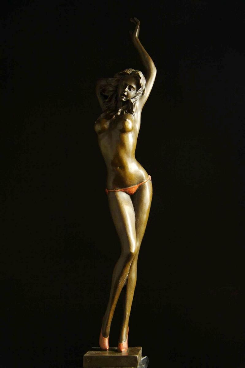 【送料無料】大型ブロンズ像 妖艶な婦人 Aldo Vitaleh 51cm 彩色インテリア 彫刻 銅像