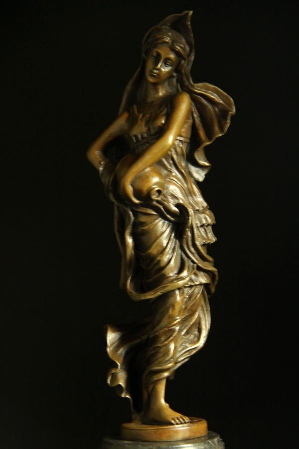 【送料無料】超人気ブロンズ像『壺を持つ婦人』, kousen:ecba0272 --- sunward.msk.ru