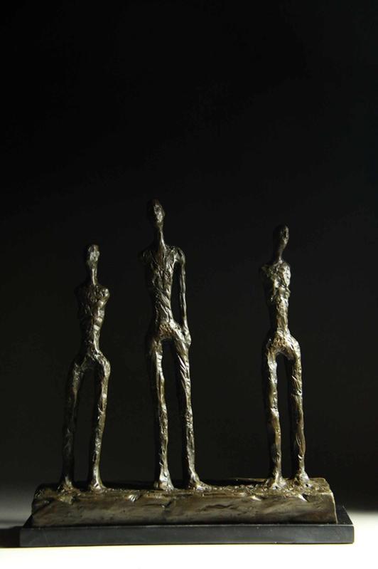 超人気ブロンズ像 立つたち男たち ジャコメッティ 37cmインテリア 彫刻 銅像