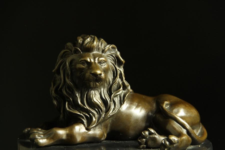 【送料無料】動物ブロンズ像『ライオン』◇19.5cm◇大名品barye作