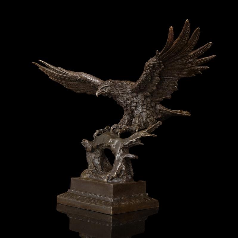 【送料無料】超大型動物ブロンズ像『鷹』◇47cm◇大名品