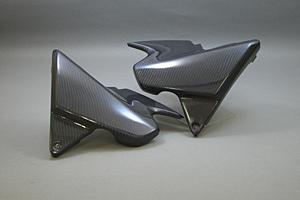 CB1300SF(03年~)・SB(05年~) サイドカバー 左右セット 平織りカーボン A-TECH(エーテック)