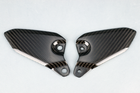 綾織ドライカーボン ヒールガード クリア塗装済 A-TECH(エーテック) Z900RS(18年)