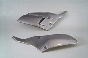 Dトラッカー(D-TRACKER)01~05年 サイドカバーSPL左右セット 平織カーボン(C) A-TECH(エーテック)