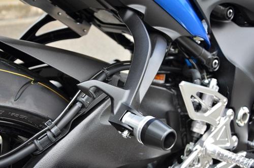 タンデムスライダー AGRAS(アグラス) GSX-S1000/F