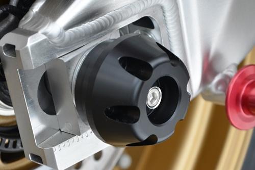 リアアクスルプロテクター AGRAS(アグラス) CBR1000RR/SP(17年)