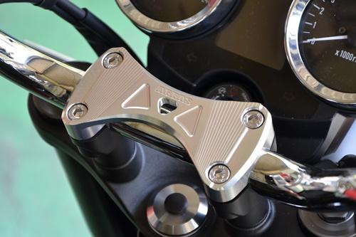 アッパーブラケット ブリッジタイプ(純正トップブリッジ用) AGRAS(アグラス) Z900RS(2BL-ZR900C)