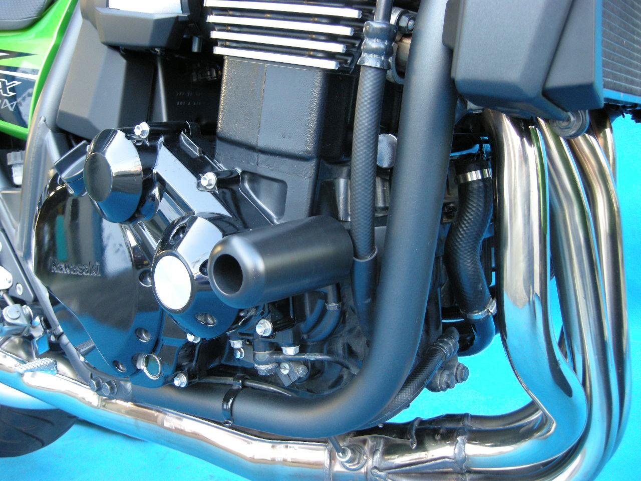 クラッシュプロテクター 黒色 BATTLE FACTORY(バトルファクトリー) ZRX1200 DAEG(ダエグ)