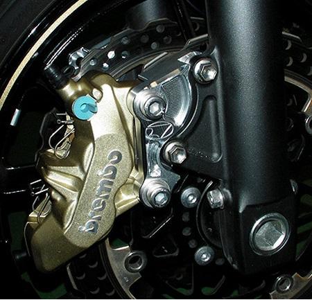 Brembo 65mmピッチ 4POT 4PAD キャリパーセット BEET(ビート) ZRX1200 DAEG(ダエグ)