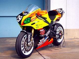 耐久フルカウル CLEVER WOLF RACING(クレバーウルフレーシング) YZF-R1(04~06年)