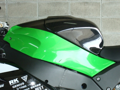 タンクパッド 黒FRP CLEVER WOLF RACING(クレバーウルフレーシング) ZX-10R(11年~)