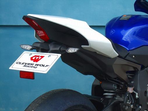 フェンダーレスキット 黒FRP CLEVER WOLF RACING(クレバーウルフレーシング) YZF-R1(15年)