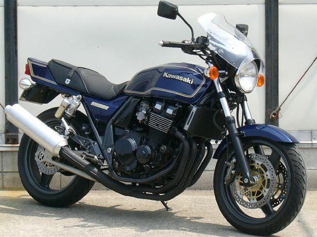ガイラシールド Mサイズ スモーク CHIC DESIGN(シックデザイン) ZRX-II(95~08年)