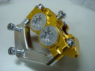 アルミ削りだしキャリパー 4POT/200mmDISK用/ゴールド KN企画