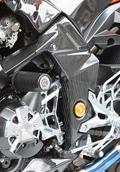 Z1000(07~09年) フレームカバー(左右セット)平織りカーボン製 MAGICAL RACING(マジカルレーシング)