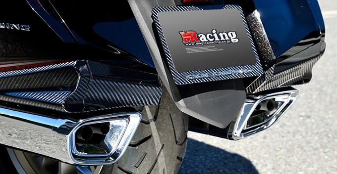 サドルバッグエンドカバー/綾織りカーボン製 MAGICAL RACING(マジカルレーシング) GL1800 ゴールドウイング(18年)