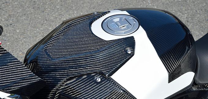 タンクトップカバー/綾織りカーボン製 MAGICAL RACING(マジカルレーシング) BMW S1000RR(19年)