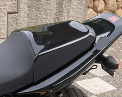 CB400SF REVO/V-TEC ダンデムシートカバー 綾織りカーボン製 MAGICAL RACING(マジカルレーシング)