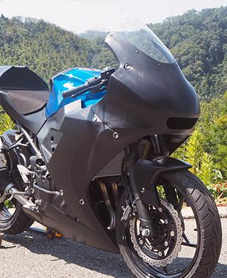 レーシングボディーワーク/フルカウル/FRP製・黒 MAGICAL RACING(マジカルレーシング) Ninja400(ニンジャ400)18年