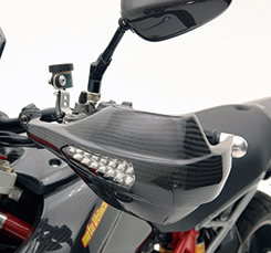 DUCATI HyperMotard ミラーレスナックルガード(左右セット)綾織りカーボン製 MAGICAL RACING(マジカルレーシング)