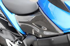 シートサイドカバー (左右セット) 綾織りカーボン製 MAGICAL RACING(マジカルレーシング) GSX-S1000(16年~)