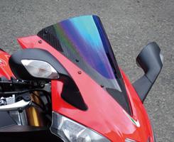 Aprilia RSV4 カーボントリムスクリーン 平織りカーボン製/スモーク MAGICAL RACING(マジカルレーシング)