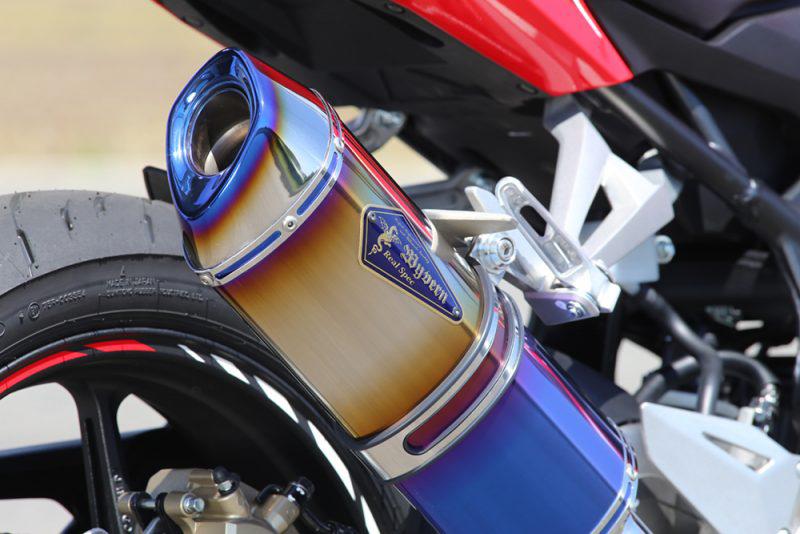 Wyvern Real Spec Type S スリップオンマフラー チタンドラッグブルー r's gear(アールズギア) CBR250RR(17年)