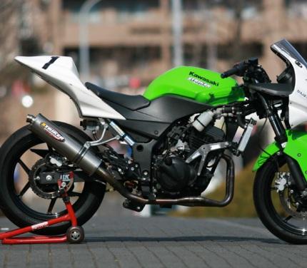 RACING CONCEPT ステンフルエキゾースト 2-1 UP ラウンド Φ110-420mm 内径Φ42.7 STRIKER(ストライカー) Ninja250R(ニンジャ)