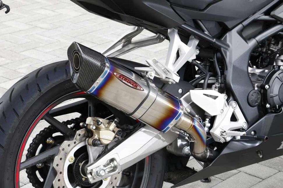 STREET CONCEPT SLIP-ON INTER MODEL OFF-Typeサイレンサー チタンヒート/カーボンエンドType-A STRIKER(ストライカー) CBR250RR