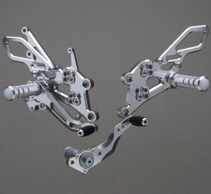 雑誌で紹介された STRIKER SPECIAL STEP KIT STEP Type2 6ポジション ジュラルミン KIT シルバーアルマイト仕様 SPECIAL STRIKER(ストライカー) CBR1000RR(2004~07), ぷらすちっく屋 サンコー:e1ac6ff7 --- clftranspo.dominiotemporario.com