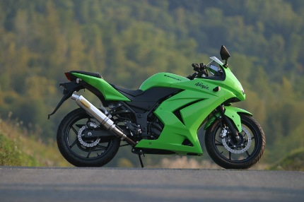 TRエキゾーストシステムスリップオン アルミサイレンサー Φ100X400 月木レーシング(ツキギレーシング) Ninja250R(ニンジャ)