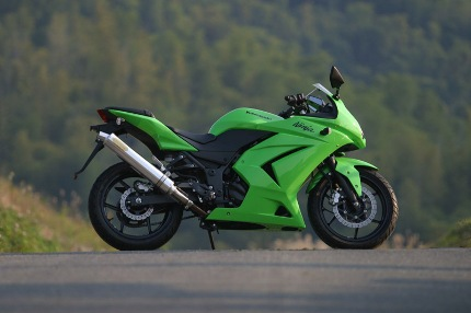 TRエキゾーストシステムスリップオン アルミサイレンサー Φ100X500 月木レーシング(ツキギレーシング) Ninja250R(ニンジャ)