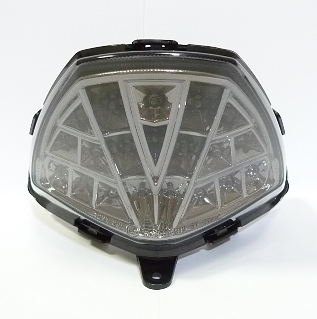 CBR125R(11年~) LEDテールランプ スモーク UNICAR(ユニカー工業)