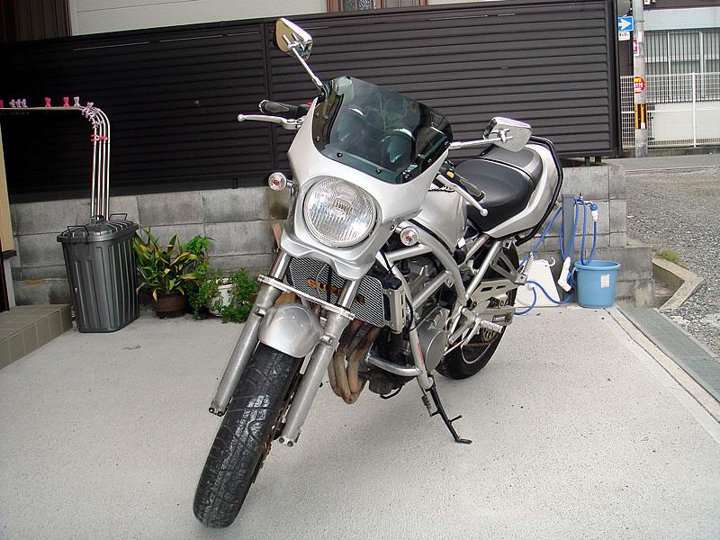 Typeエアロ スモークスクリーン(フラッシュシルバーメタリック)コード:y2d DS-01 WALK(ワールドウォーク) WORLD バンディット400 汎用ビキニカウル