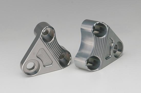 Kファクトリー ケイファクトリー K-FACTORY エンジンハンガー メタリックシルバー XJR1300 '03-06 301VZBG008N