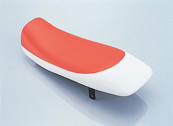 キタコ 610-1122110 トラッカーシート 赤/白 APE50 エイプ50