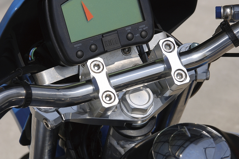 シフトアップ 201080-09 ビレットトップブリッジセット ガンメタ XR50-100 シフトアップ 201080-09