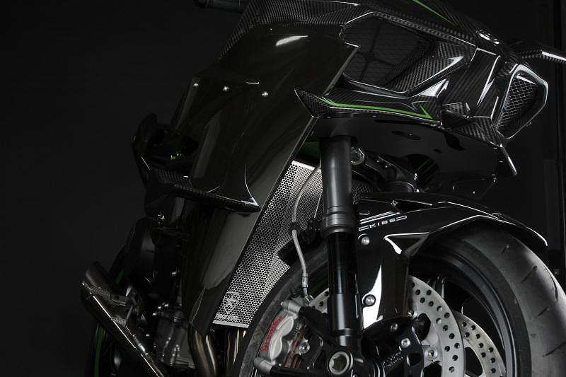 トリックスター ラジエターコアガード ブラックメッキ Kawasaki Ninja H2/H2R/H2 SX カワサキニンジャ H2/H2R/H2 SX ブラックメッキ VHG-H01-BM