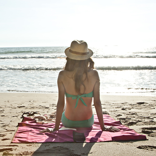 海に人にやさしい 超歓迎された 砂がつかないブランケット 送料無料 lagu ビーチブランケット ビーチ 海 新色 シート クイックドライ 軽量 海水浴 敷物 折り畳み おしゃれ