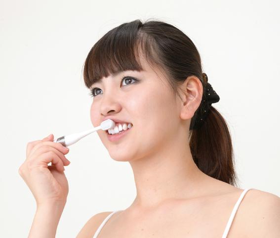 歯周病予防に歯ぐきをマッサージ☆指のような感触だから歯ぐきを傷めない☆ 新生活 数量限定 オーラルドクター電動歯ぐきケア☆