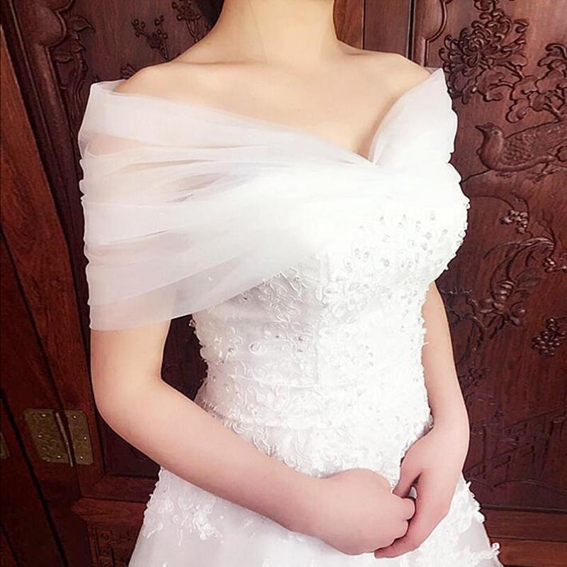 可愛いレースショール いろいろなタイプのドレスに合わせやすく大人気です☆彡 即納 ウェディング ショール 通常 ロングサイズ wedding shawl レースショール 出群 ウェディングボレロ 花嫁様小物 ホワイト レース AL完売しました。 hpn4w ブライダル 刺繍 ウエディングストール ロングサイズ:長さは約120cm 春夏ショール 通常サイズ:長さは約105cm
