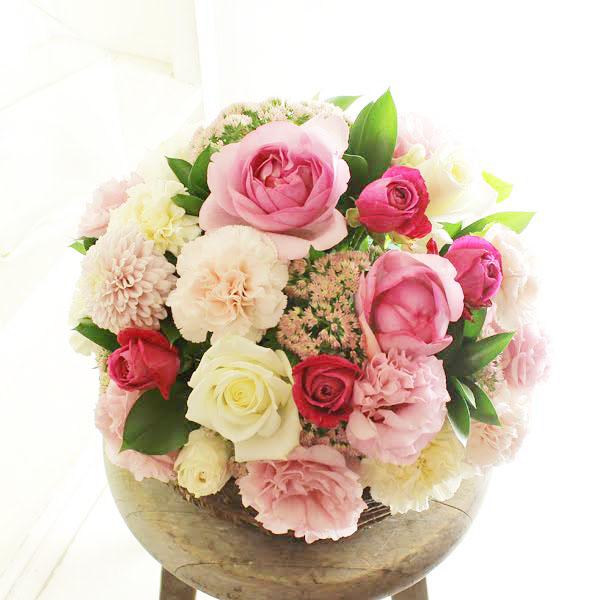 アレンジメントフラワー Round Basket(ピンク系)※デザイナーが手がけるお洒落な一品結婚祝い 入籍祝い ブライダル ウェディング 婚約 贈り物 フラワーギフト プレゼント お祝い お花 送料無料 メッセージカード無料 あす楽