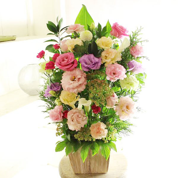 アレンジメントフラワーLサイズ Girlishness(ピンク系)※デザイナーが手がけるお洒落な一品結婚祝い 入籍祝い ブライダル ウェディング 婚約 贈り物 フラワーギフト プレゼント お祝い お花 送料無料 メッセージカード無料 あす楽